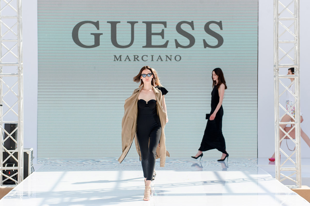 Guess by Marciano 17